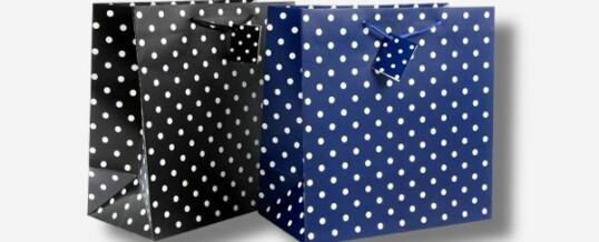 Papiertragetasche – Kleine Punkte