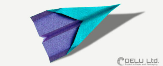How to fold a simple but perfect paper plane