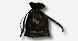 Bolsa del satén con el lazo – Negro