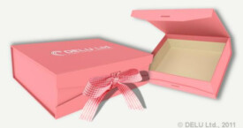 Caja para fotos con cinta atada ; Rosa