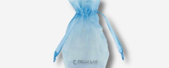 オーガンジー巾着袋 ; 空の青