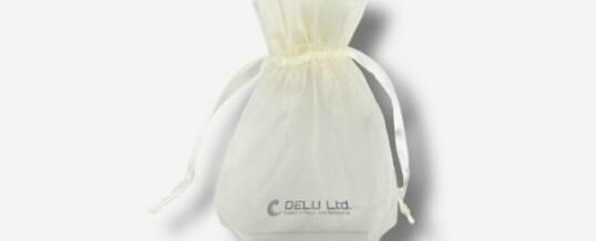 オーガンジー巾着袋 ; ホワイト