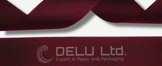深红色横纹缎带